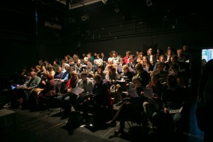Publika prije g. Tilburya